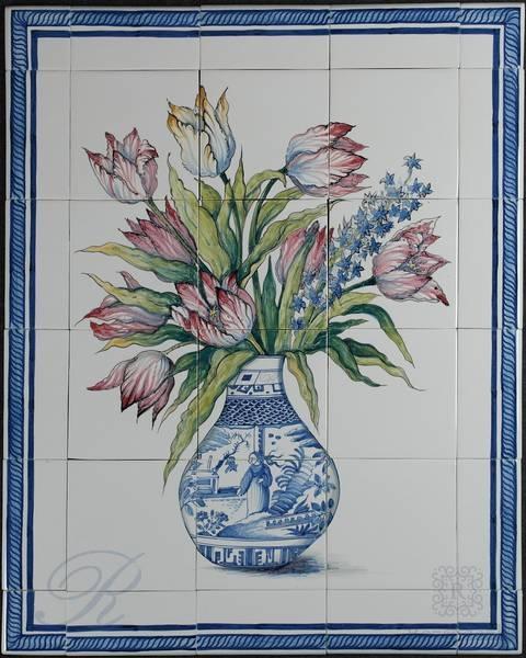 RH12-29 Vaas tulpen