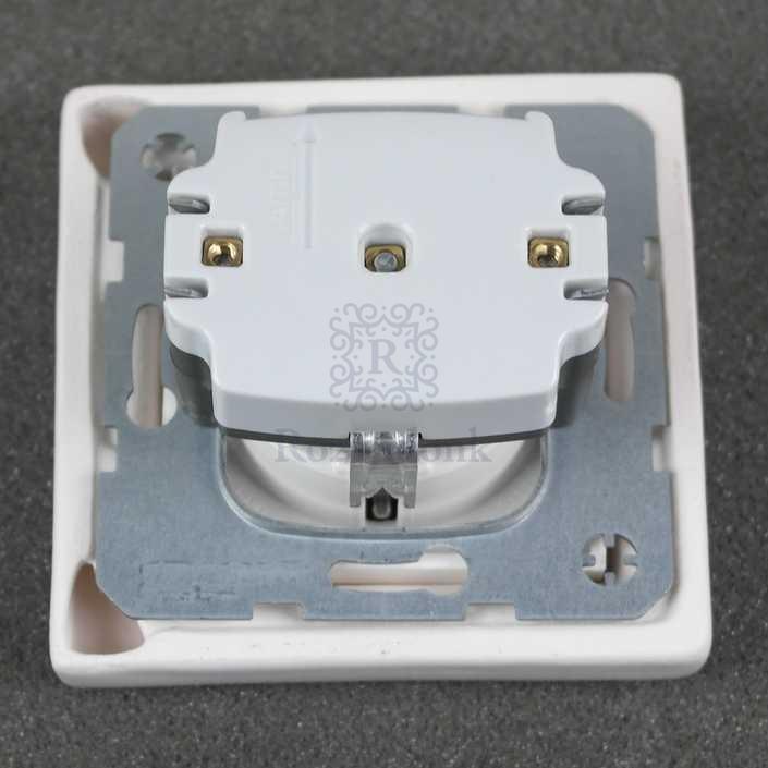 Cover voor stopcontact