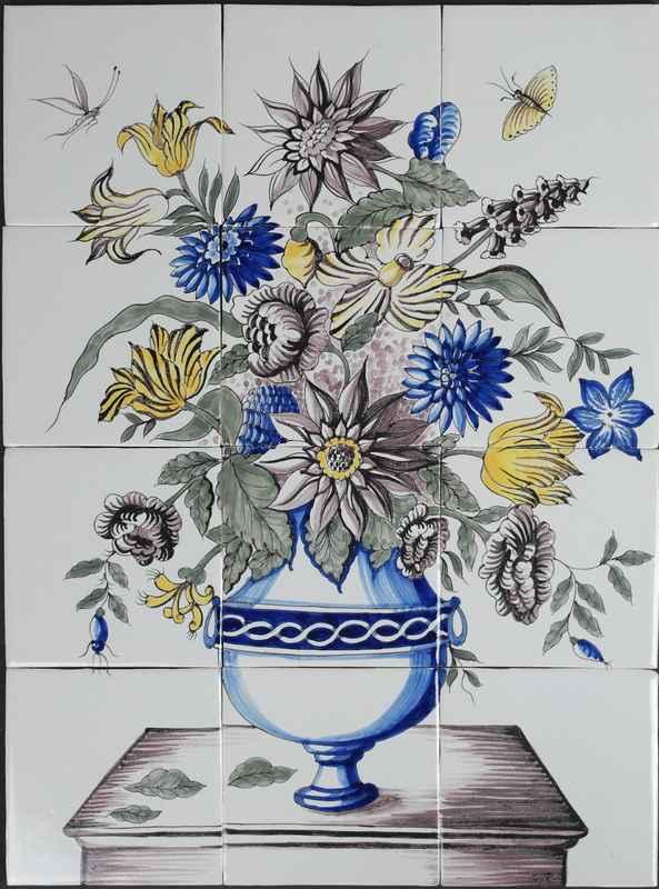 Bloemenvaas op tafel RH12-15