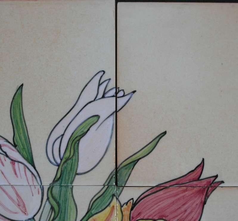 Vaas met tulpen op 12 tegels