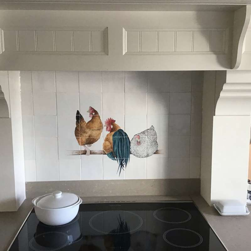 Kippen in landelijke keuken
